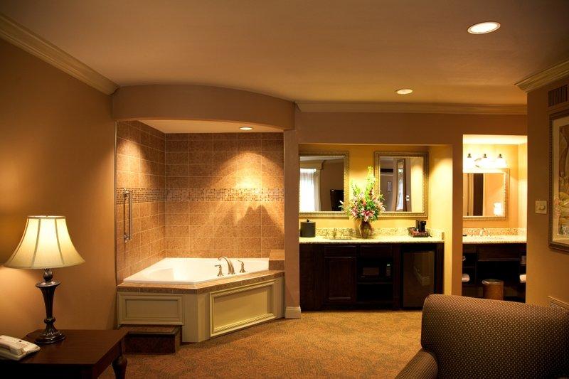 Photo Of The Best Western Plus French Quarter Landmark Hotel